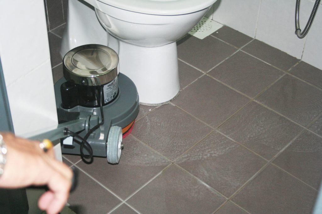 P130 applied on toilet floo